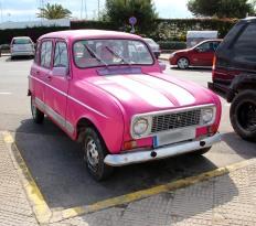 Cruise_Ibiza_pink_car