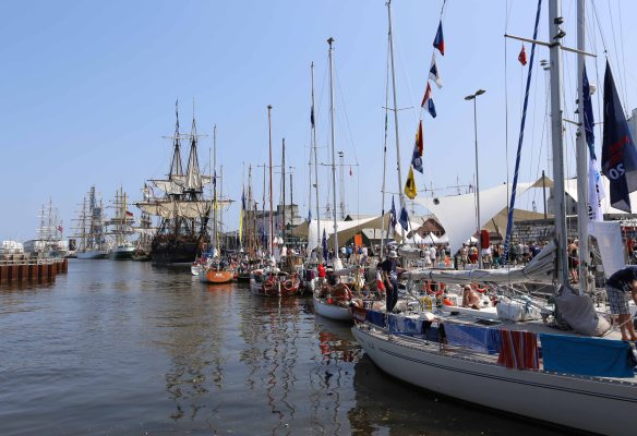 Tall ships races small and tall sailing ships