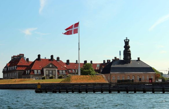 Baltic Cruise Kbh Havn hus med krone