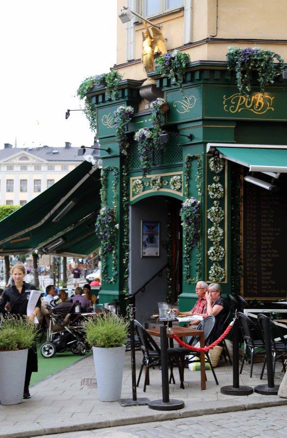 Stockholm flower power pub