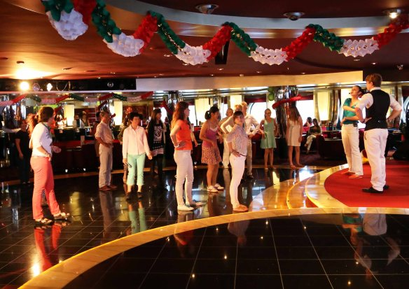 Cruise ship dance lesson