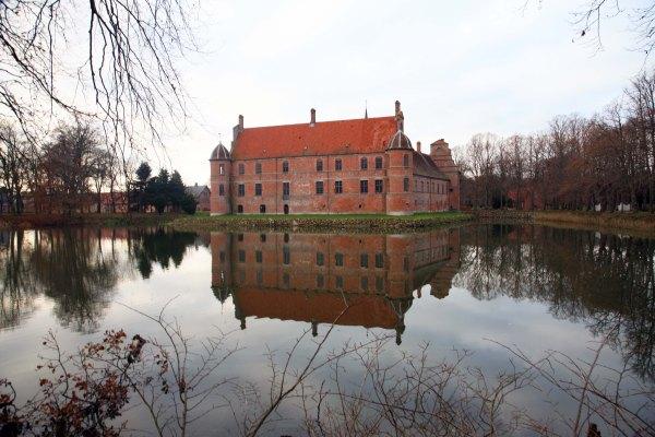 Rosenholm Slot Efterår Photo Henrik Elstrup