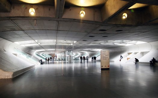 Lisboa Gare do Oriente train station interior