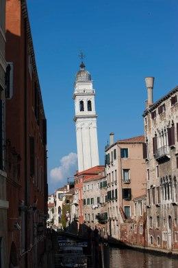 Venedig klokketårn skævt foto Marina Aagaard