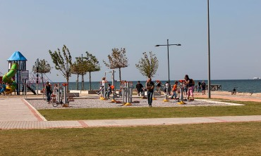 web_Turkey_Izmir_Beach_Outdoor_Fitness_View