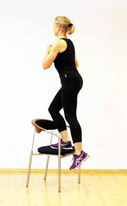 7_minute_workout_exercise_chair_step_up_Marina_Aagaard
