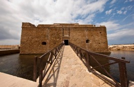 Cyprus_Pafos_Castle_Marina_Aagaard_fitness_blog