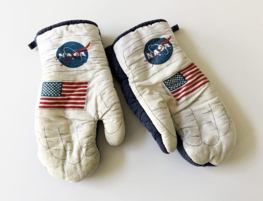NASA_Cooking_Gloves_Marina_Aagaard_blog